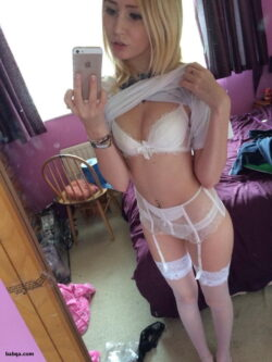 lingerie stocking babes and mature stockings.com