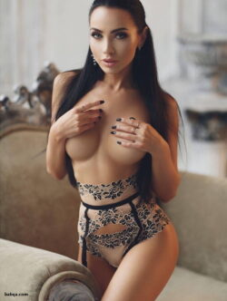 stocking galleries and naughty lingerie photos