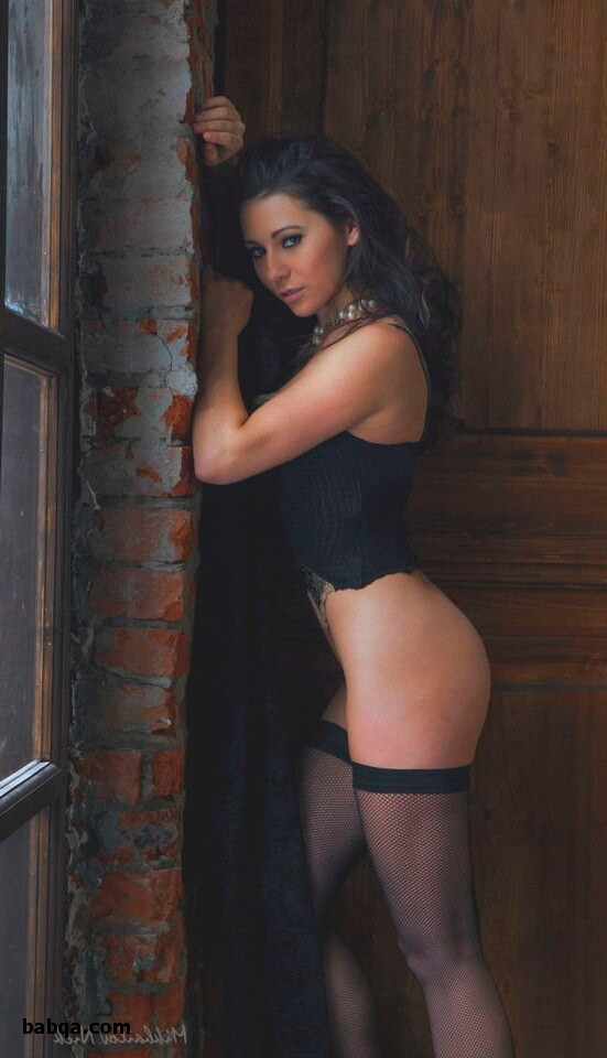fully fashioned stockings cuban heel and pretty wild lingerie