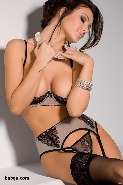 emily ratajkowski lingerie photo and sexy black leather lingerie