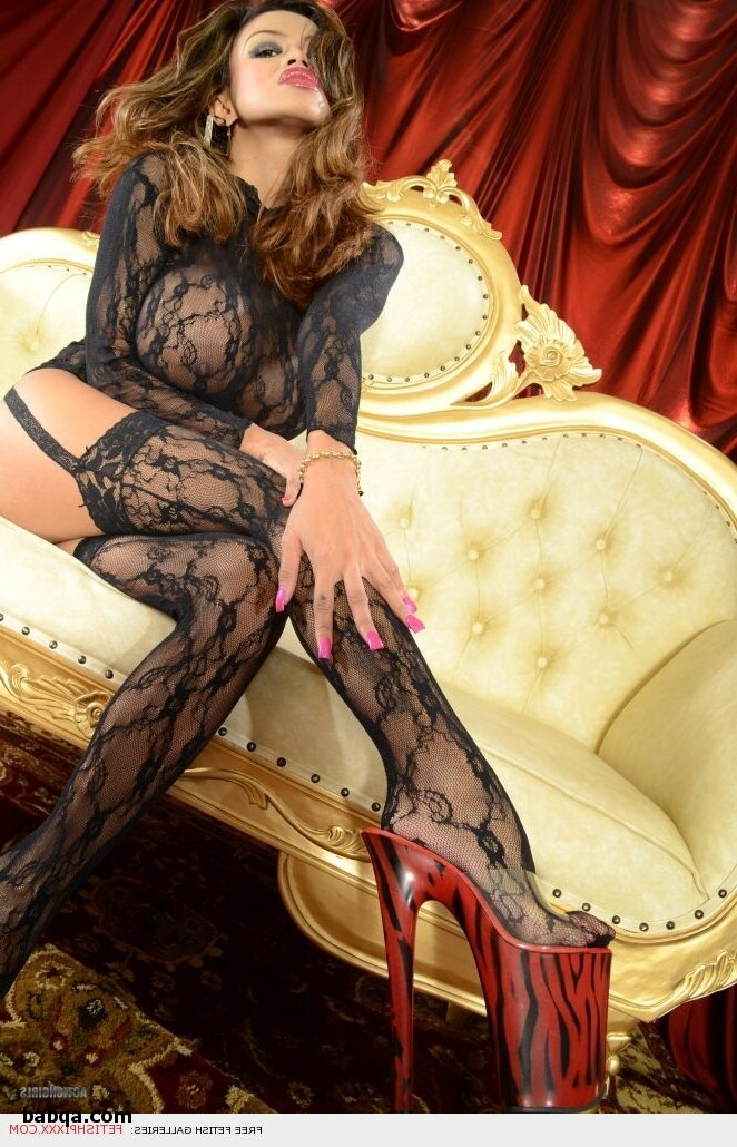 stocking milf feet and lingerie uncensored