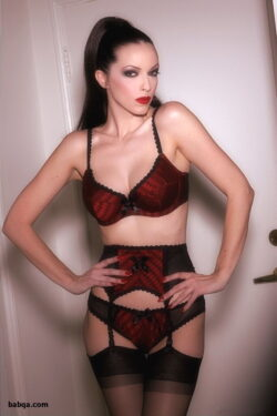 lingerie model gallery and curvy milf stockings