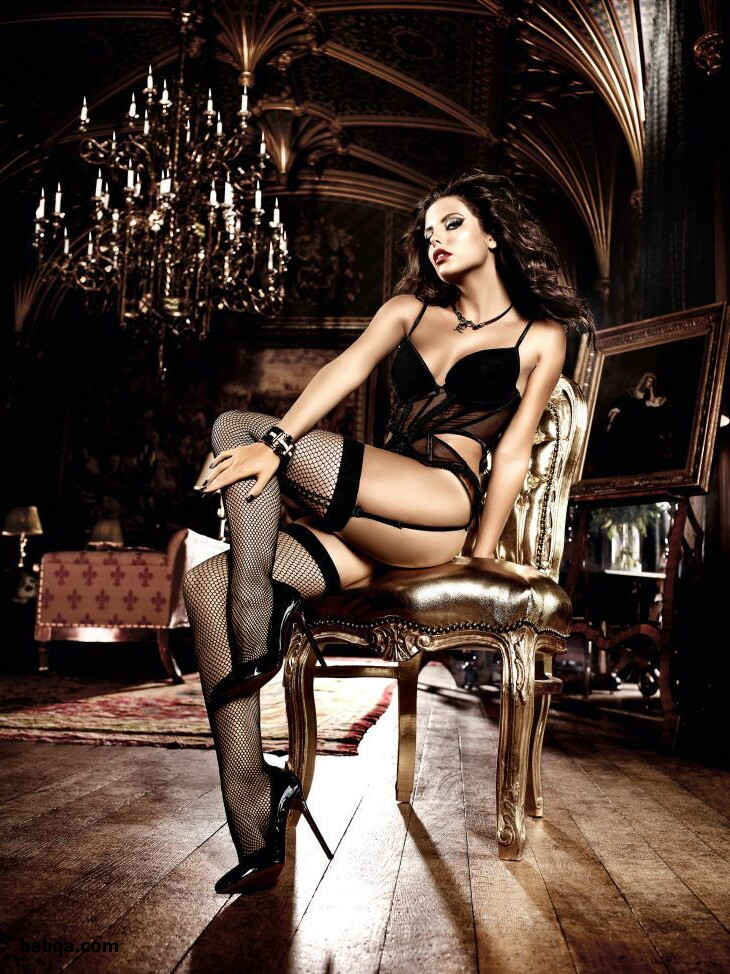 sexy lingerie for larger ladies and lace topped stockings