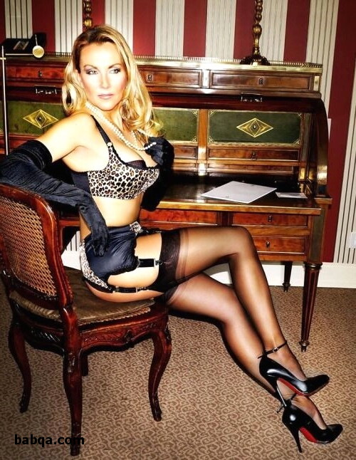 girls nude in lingerie and high class lingerie