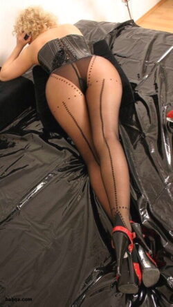 stocking babe movies and top thigh