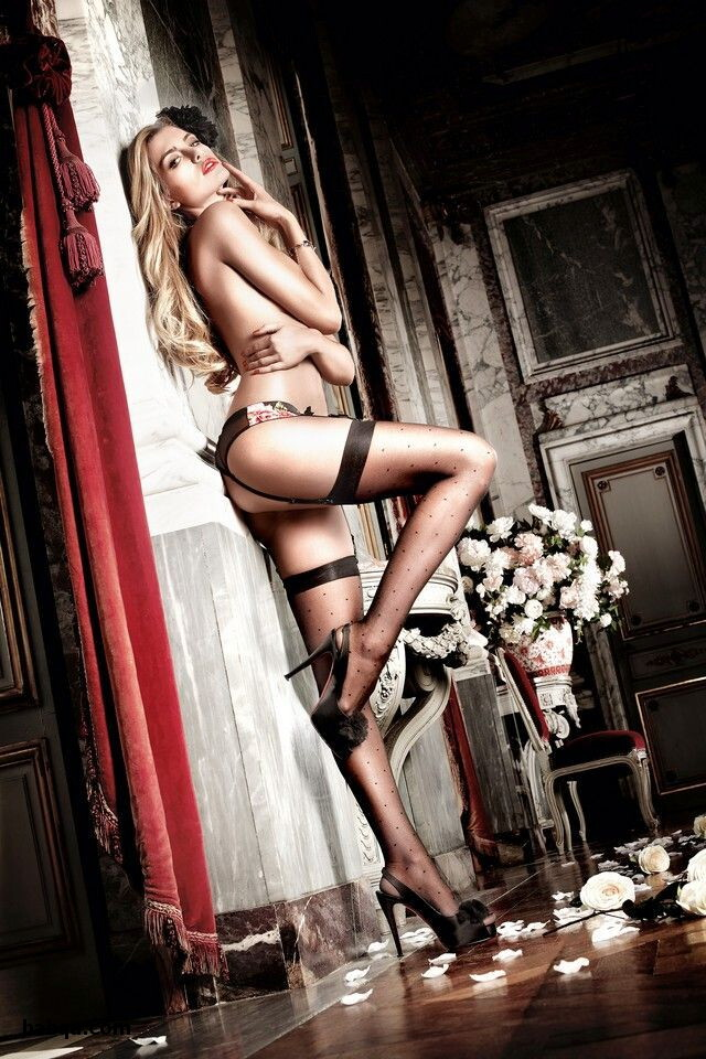 lingerie for blondes and jennette mccurdy lingerie photo