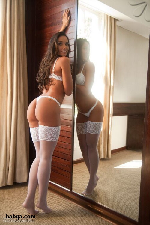 women who love wearing stockings and erotic lingeries