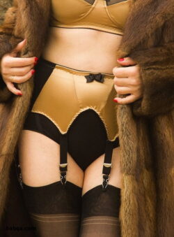 victoria secret thigh high stocking and milf cougar lingerie