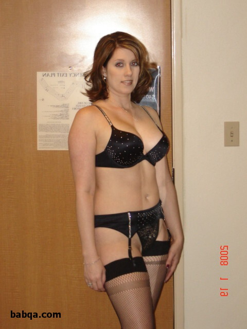 amatuer wife lingerie and lurex tights