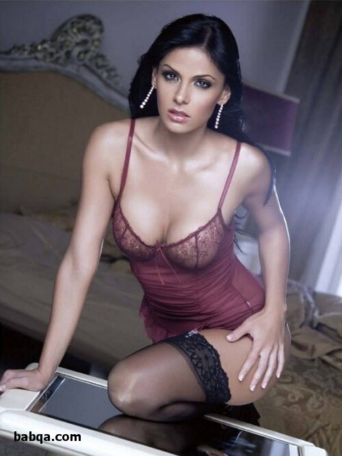 wholesale bridal lingerie and stocking milf tease