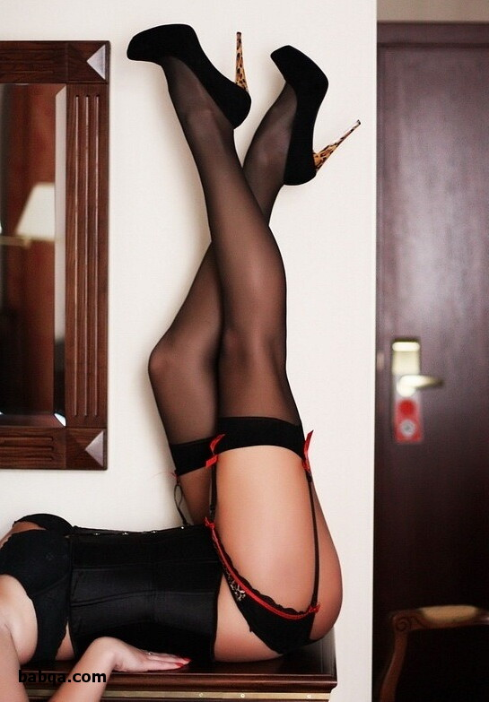 what color stockings with navy dress and british milf stockings