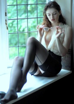 best site for lingerie and hairy mature in stockings