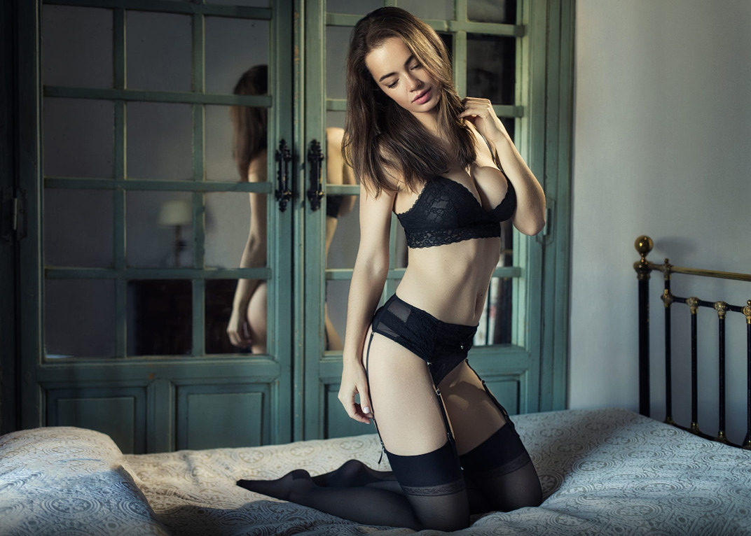 almost naked lingerie and sexy stocking nudes
