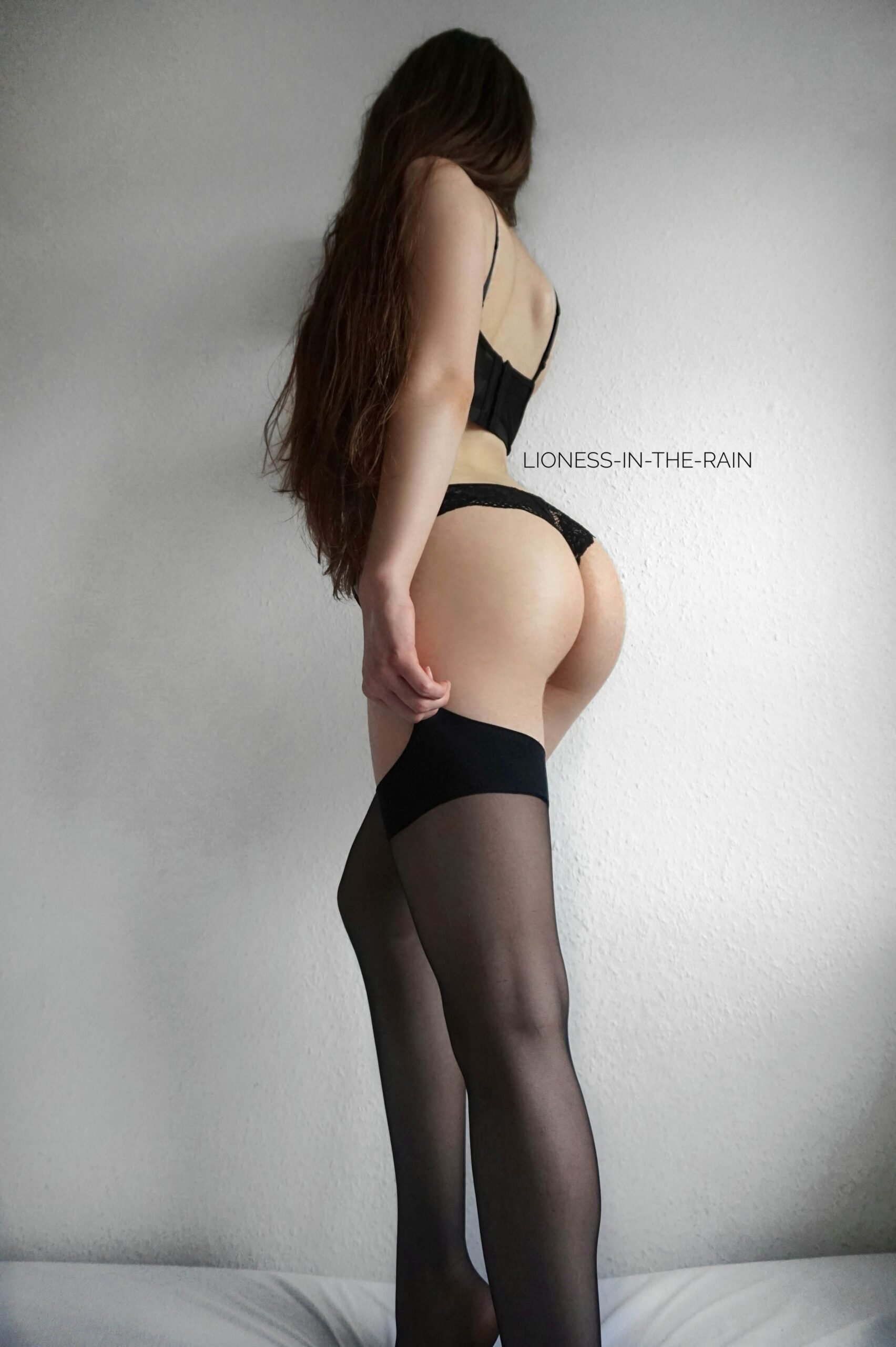 sexy asian girls lingerie and black leather lingerie
