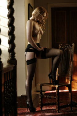 girls ed in stockings and red lingerie nude